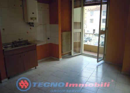 Bilocale Torino Via Gattico 5