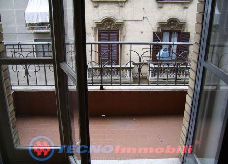 Bilocale Torino Via Piria 6