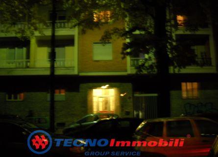 Bilocale Torino Via Tirreno 6