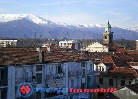 Bilocale Ciriè Via Roma 8