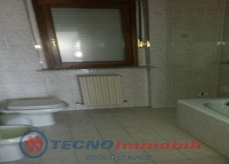 Appartamento Trilocale a Torino (8)