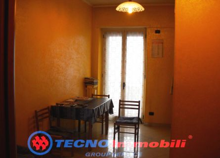 Bilocale Torino Via Salbertrand 8