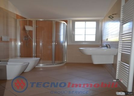 http://www.tecnoimmobiligroup.it/public/img/Immagine_immobile_8_20225.jpg