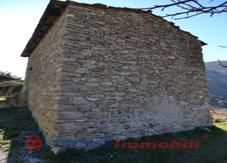 http://www.tecnoimmobiligroup.it/public/img/Immagine_immobile_8_20354.jpg