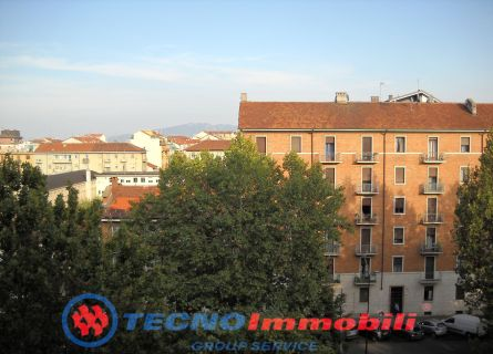 Bilocale Torino P.za Campanella 8