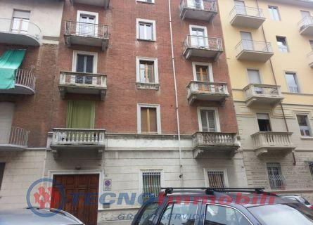 Appartamento in vendita a Torino, 3 locali, prezzo € 108.000 | Cambio Casa.it