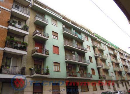 Appartamento in vendita a Torino, 3 locali, prezzo € 138.000 | Cambiocasa.it
